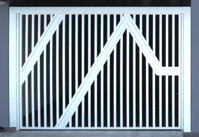 Portão de Garagem fabricado com Tubo